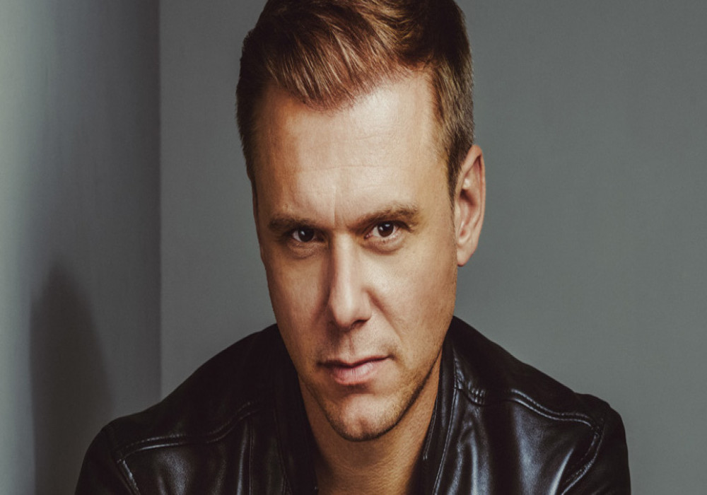 Armin Van Buuren Djs parties Ushuaia Ibiza club