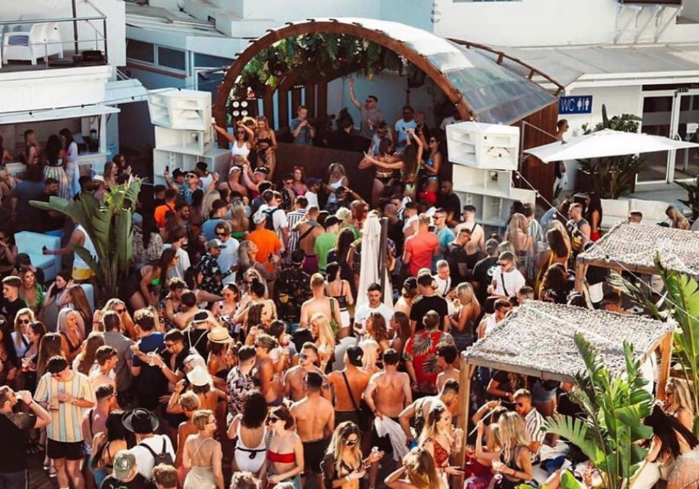 Sunday Cooling Ibiza image